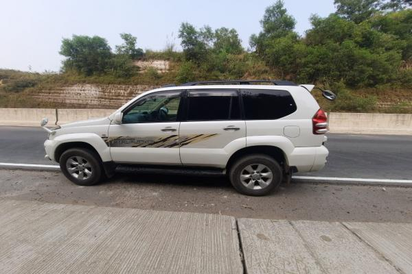 Land Cruiser Prado TX Year of Model 2003