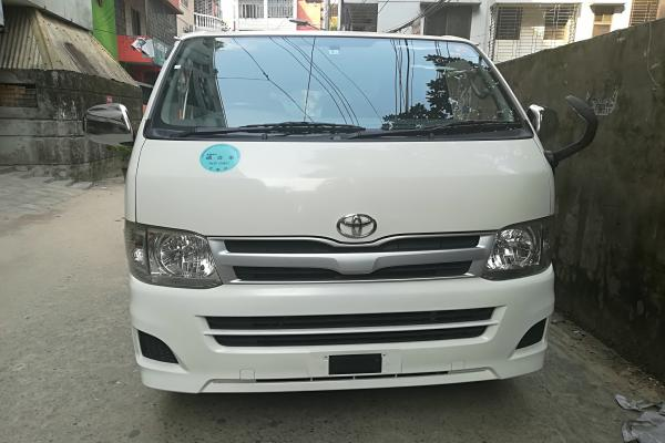 Recondition HIACE TRH200 For Sale