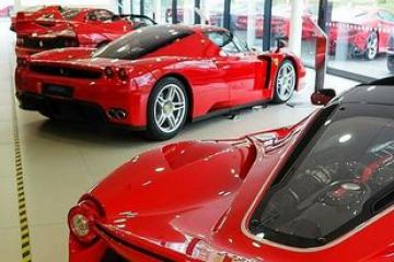 Ferrari Fastest Sports Strong Performance Car and Most Powerful Series